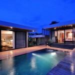 V-villas-huahin_luxury_hotel_THE-PRESIDENTIAL-BEACHFRONT---Bedroom-1