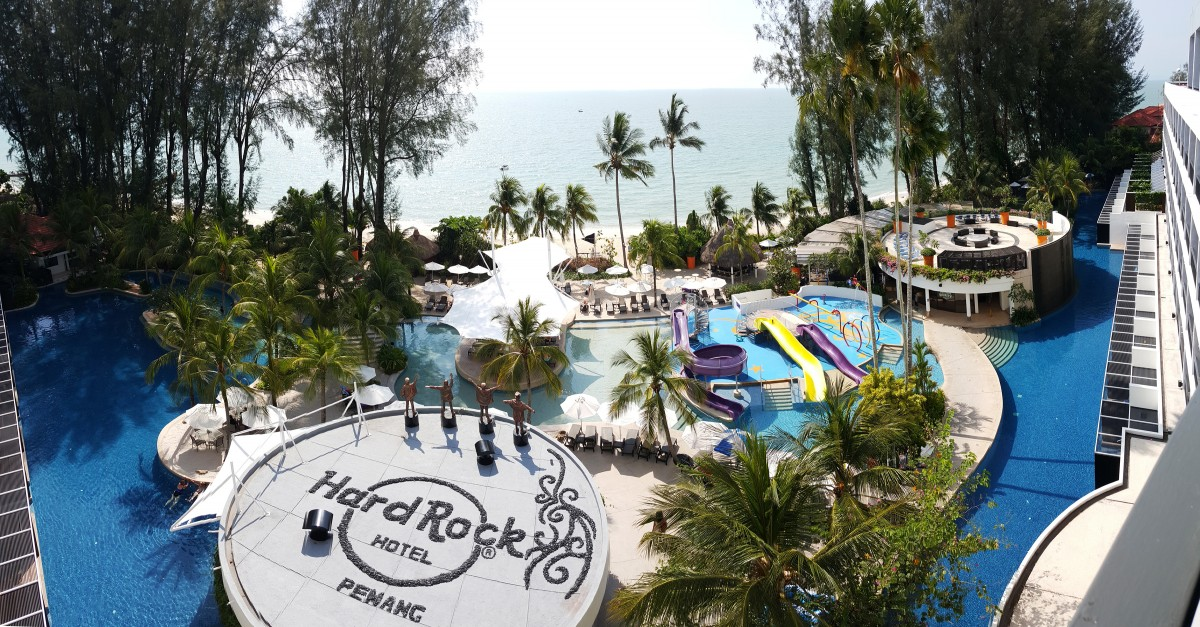 Hard Rock Hotel Penang largest swimming pool 3mb