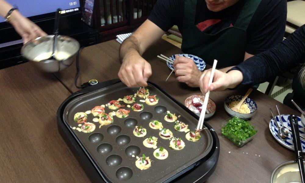 takoyaki cooking
