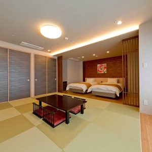 Deluxue-room-with-Tatami-area2