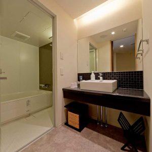 separeate-bathroom-2