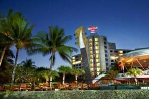 1_Hotel_Exterior