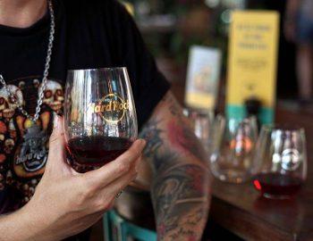 ROCK SHOP PROMO APRIL 2019   WINE GLASS SET