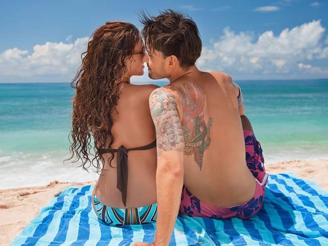 HRH_Beach-Lifestyle-3803_V1