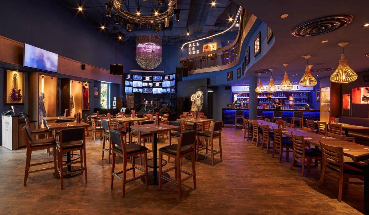 Hard Rock Cafe Interior shot 01 cropped