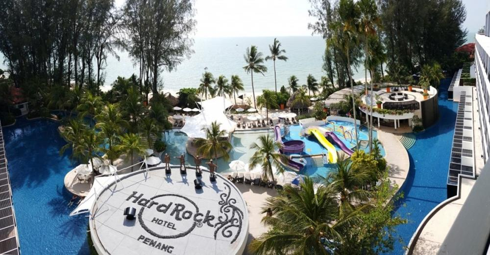 hard-rock-hotel-penang-swimming-pool